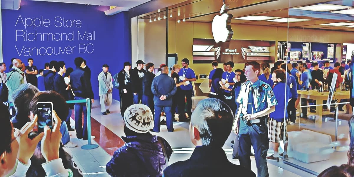 Sitting in line @ the Apple Store in Vancouver BC